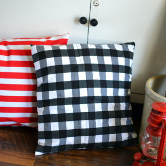 Black and White Buffalo Check Pillow Cover. Get ready for Christmas with our farmhouse inspired holiday collection.